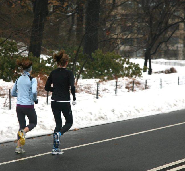 Bielizna termiczna dla kobiet – zimowy must have