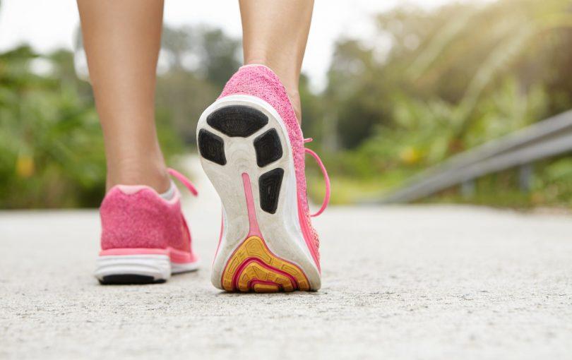 Idealne buty do biegania dla kobiet – czym powinny się charakteryzować?