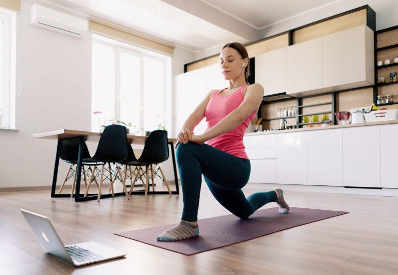 W zdrowym ciele zdrowy duch, czyli jak utrzymać formę trenując online