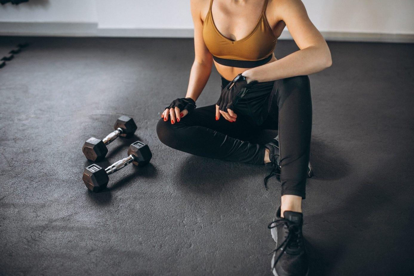 Jak skompletować strój do fitnessu?