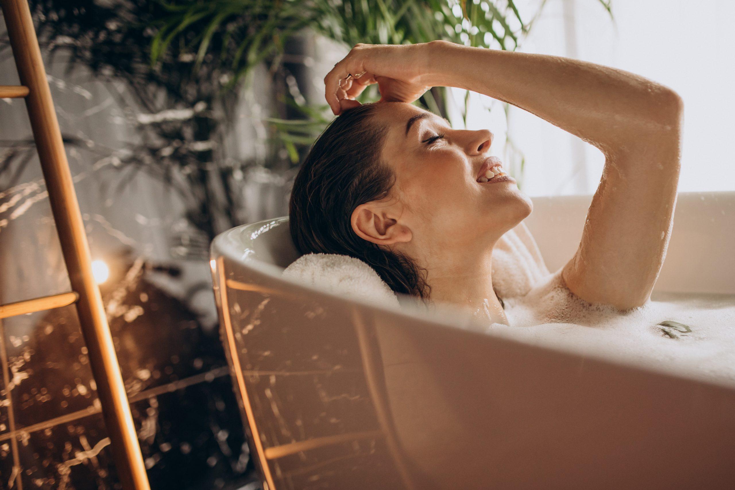 Oczyszczająca kąpiel imbirowa – zimowy detoks z nutką ukojenia