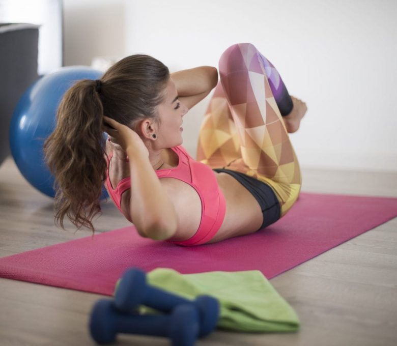 Jak ubrać się do ćwiczeń wykonywanych w domu?