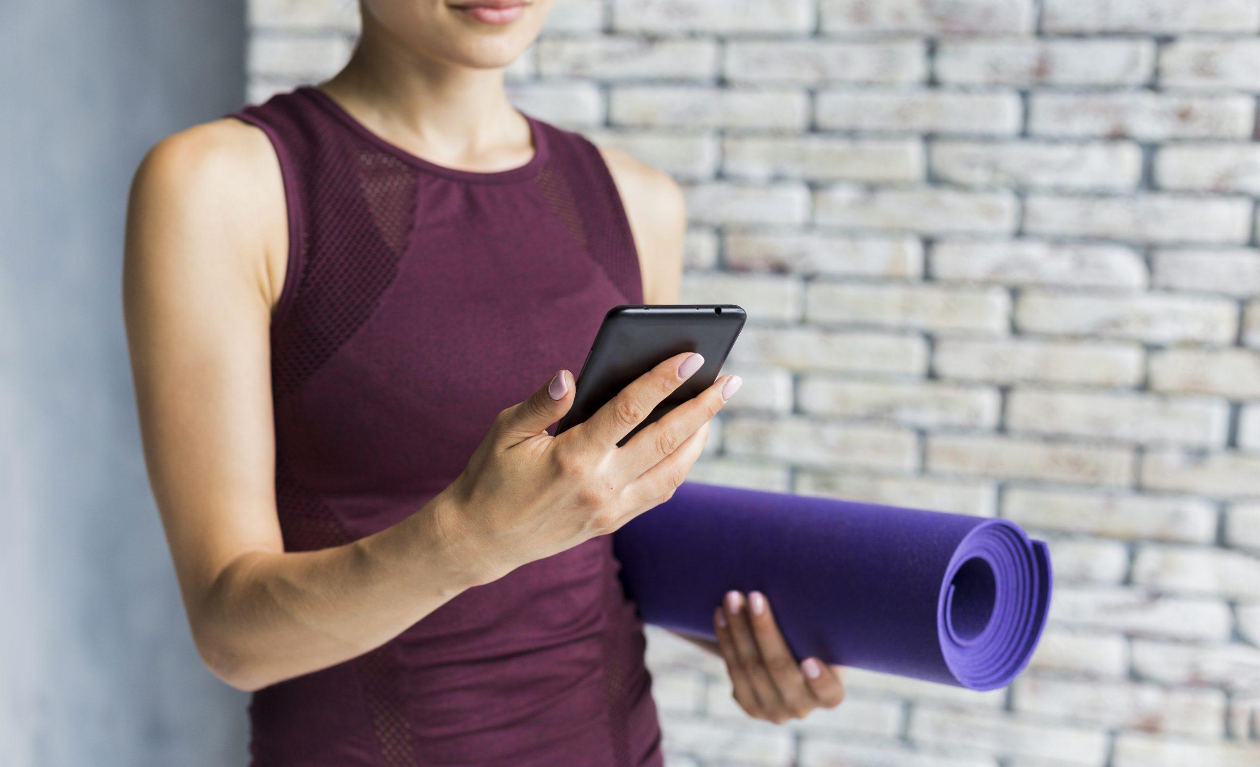 W poszukiwaniu kreatywnych sposobów na trening. Tabata i plank podbijają Instagram!