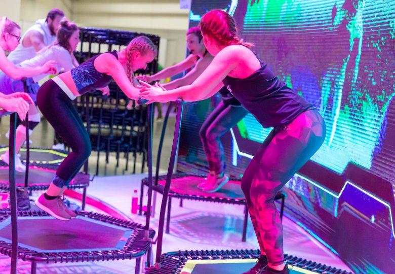 Szukasz nowych wyzwań treningowych? Zacznij przygodę z trampoliną!