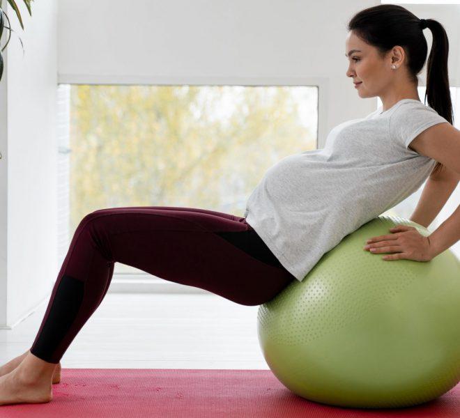 Fitness w ciąży nadal na topie. Dołącz do aktywnych gwiazd!