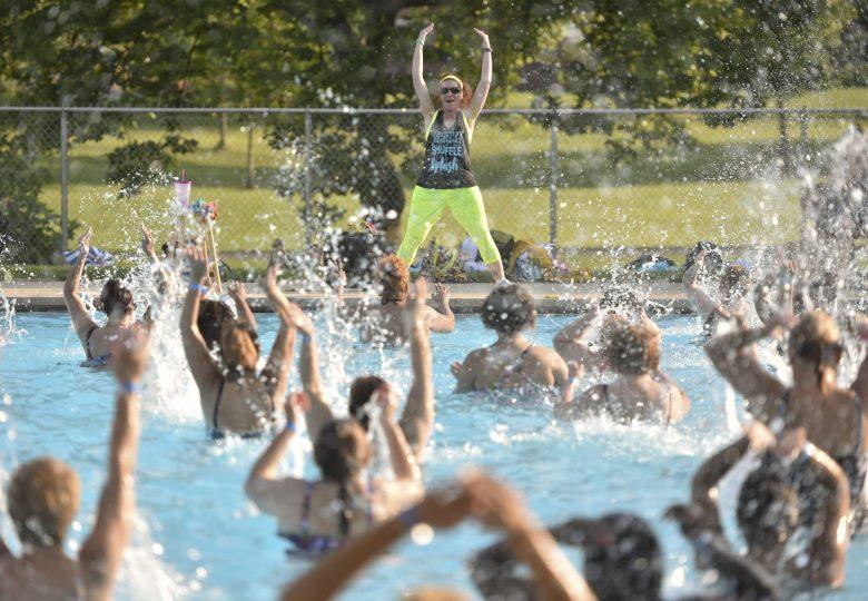 Aqua zumba – taneczne szaleństwo w wodzie