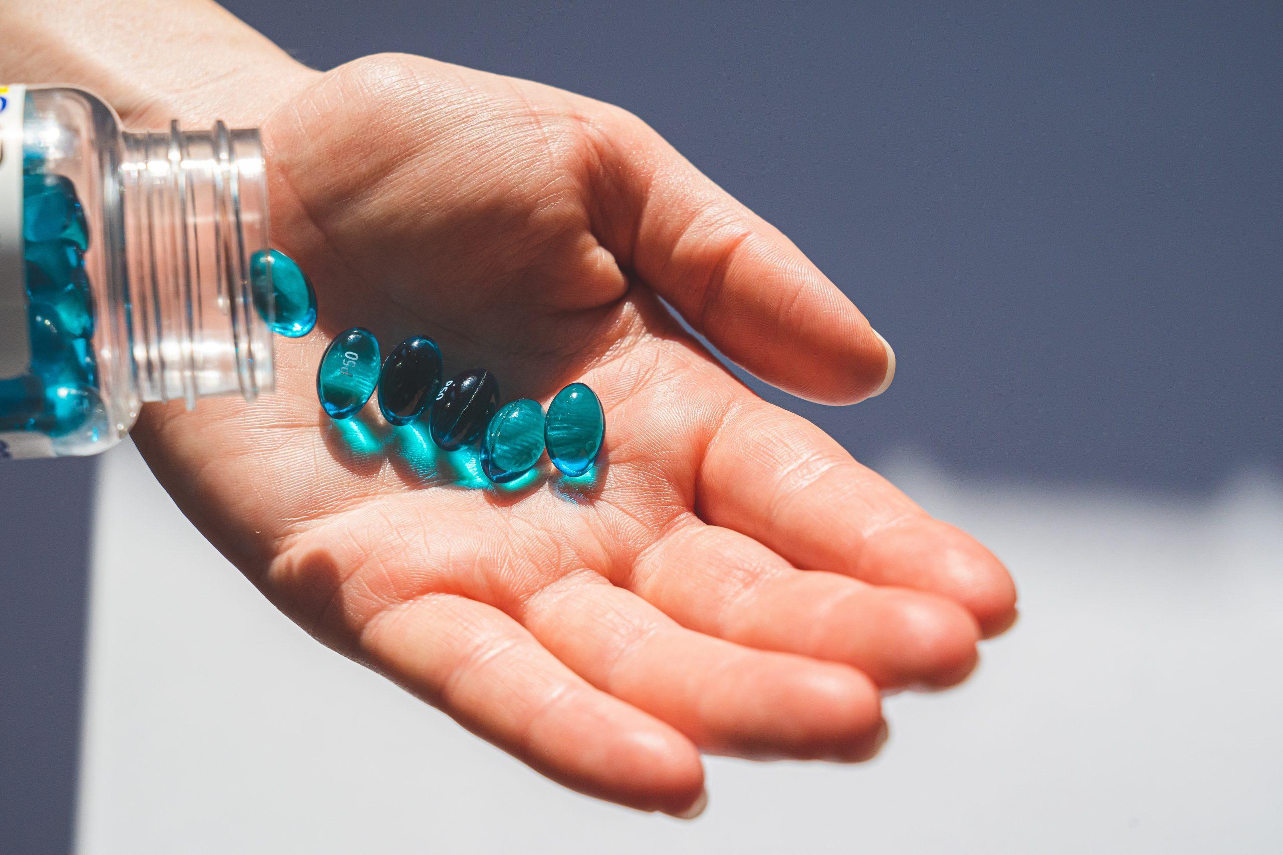 Jak dbać o regularne dostarczanie organizmowi witamin i minerałów?